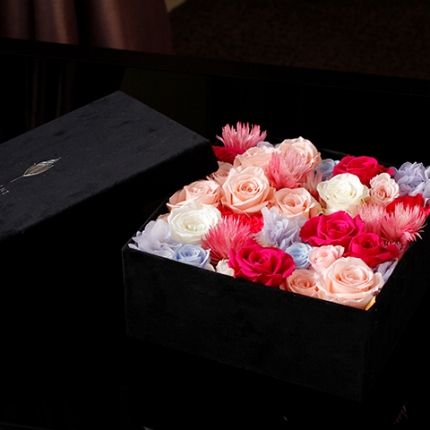 Luxury Box preserved flower